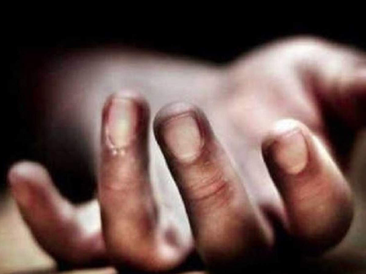 Woman dead, daughter injured in roof collapse due to rains