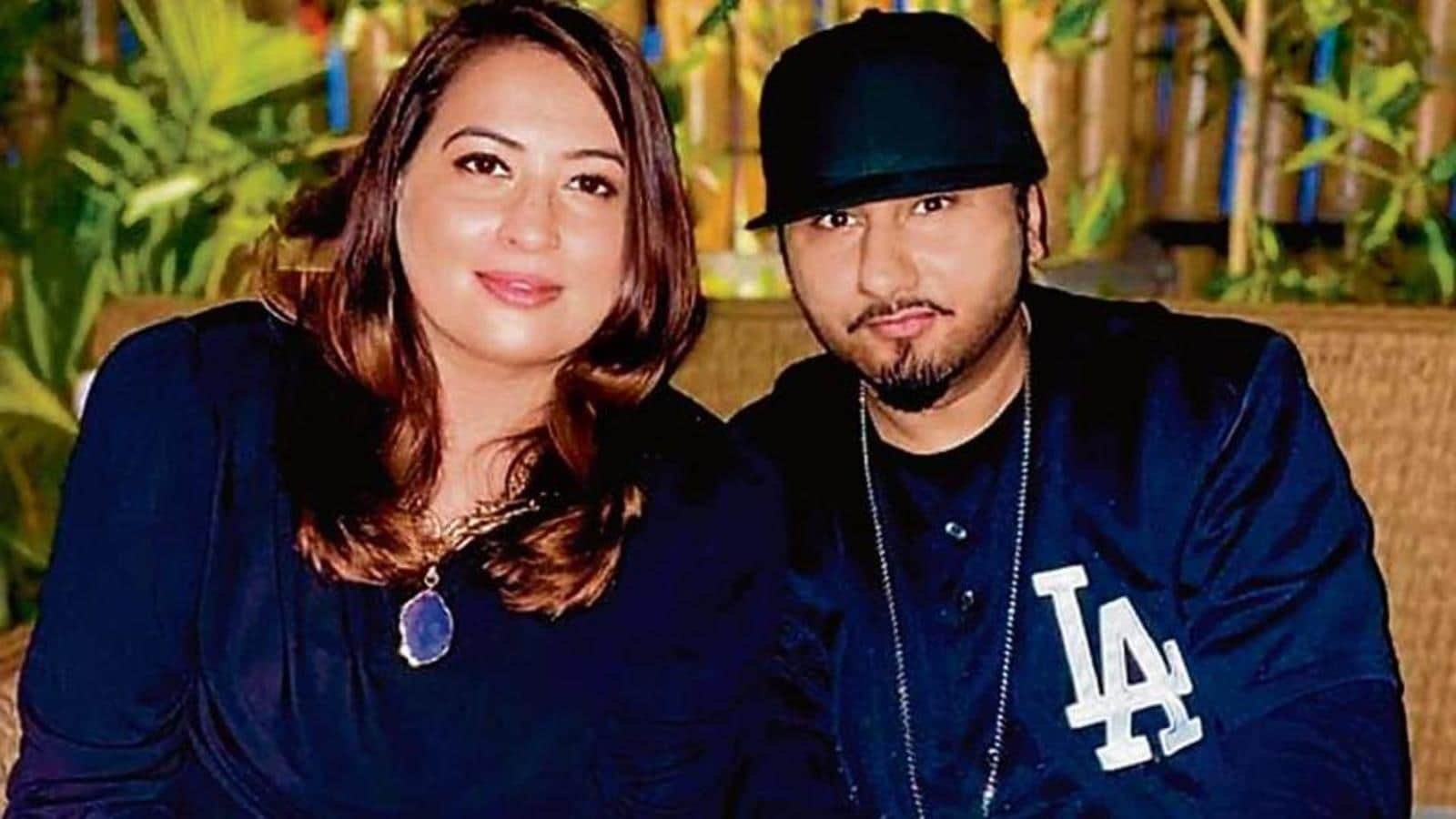 Honey Singh accused of domestic abuse and adultry by wife Shalini