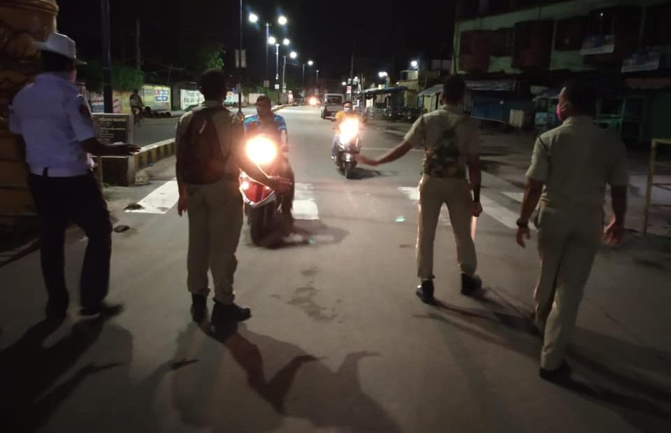 Night curfew, weekend curfew extended in Karnataka
